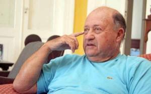Otavio-Carneiro-ex-prefeito-de-QuissamãSC-50-300x186
