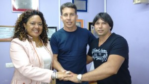 Ex-suplente de vereador pelo PT do B e o 14º mais votado no último pleito municipal, Analiel assina sua filiação ao PC do B