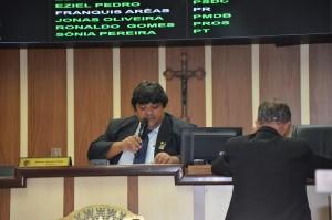 Presidente da Casa apontou erros no texto do projeto que autorizaria empréstimo com royalties futuros