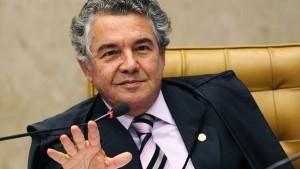 Segundo ministro, renúncia coletiva é uma perspectiva utópica