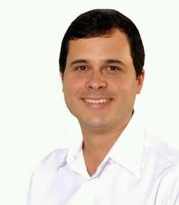 """André Fontoura diz que procedimento foi normal e, no Facebook, disse que tudo não passa de """"politicagem barata"""""""