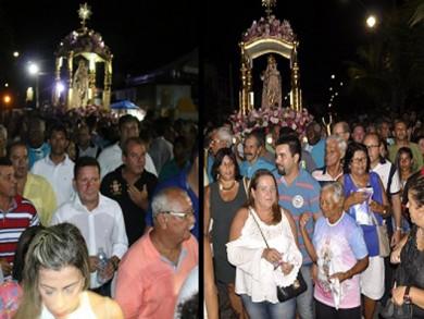 Políticos participaram da festa de Nossa Senhora da penha, enquanto fechavam as últimas articulações políticas (Fotos: Paulo Pinheiro e Elis Gomes)