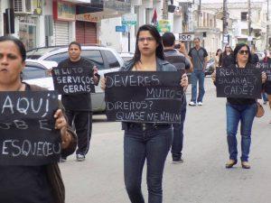 Protesto foi realizado na última sexta (Foto: Reprodução/ Marcela Toledo/Facebook)