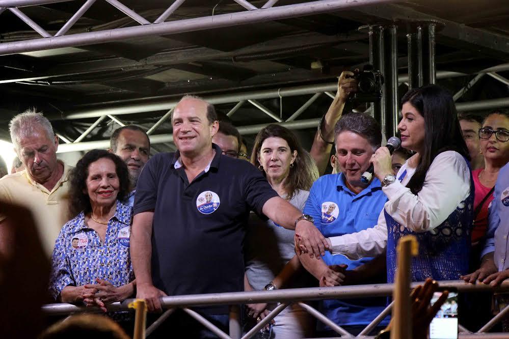 No reduto dos Garotinho, Chicão fez o primeiro comício desta campanha em Campos