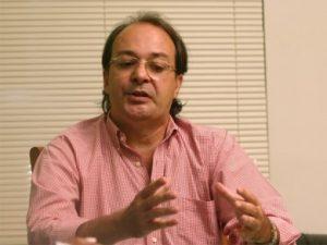 Cláudio Linhares tenta a reeleição, o que o levaria ao quarto mandato