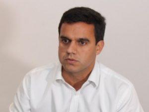 Prefeito eleito de Campos, Rafael Diniz confirmou presença