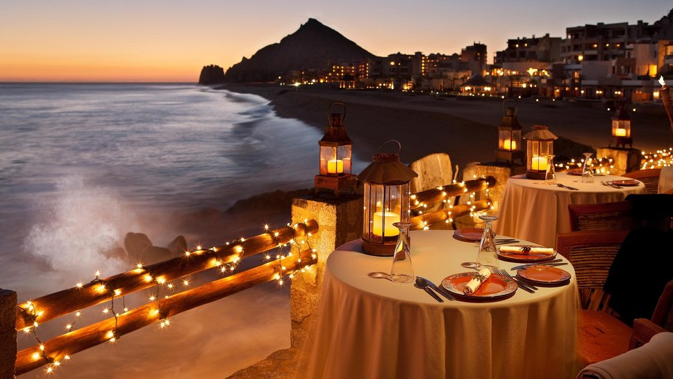108301__candlelight-dinner-on-the-beach-at-sunse_p