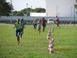 Jovens de 09 a 16 anos nas  atividades do CAMPUS UENF
