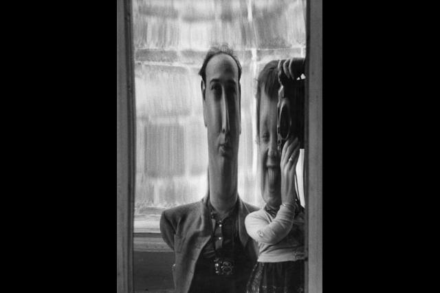 9-sabine-et-hugh-weiss--zurich--1951-jpg