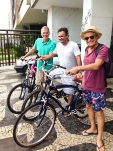 Bernardinho, Aécio e Gabeira em passeio no Rio - div