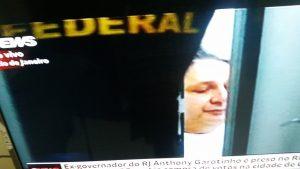 Reprodução TV - Garotinho   preso na PF do Rio