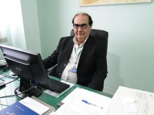 Heitor Antônio em seu gabinete na Redentor Fot- Sílvia Martins