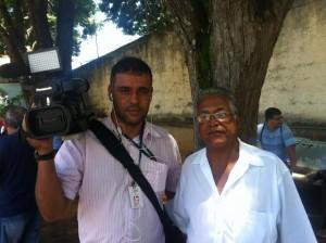 Carlos Bianchine, cinegrafista da TVi e Ronaldo Ramos, comandante da Guarda Municipal de Itaperuna