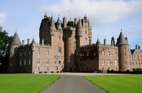 O legítimo sonho de ser um vereador e ocupar uma das desejadas cadeiras da Távola Redonda do Rei Arthur no Castelo Municipal