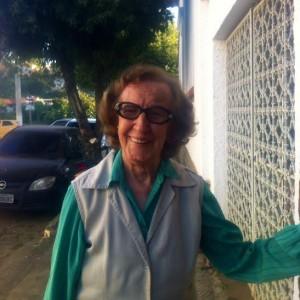 FLORA MALTA CARPI Poetisa, Escritora, Compositora, Artista.