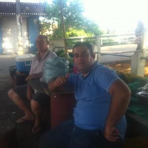 PAI E FILHO Edson e Alberto Miranda na Feirinha da Ponte do Cinema