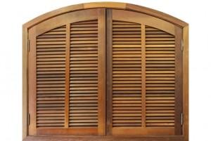janela de madeira veneziana 9