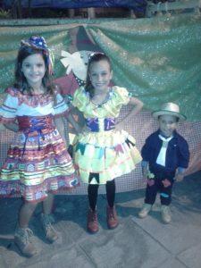 FELICIDADES Ainda em tempo a coluna deseja um feliz aniversário para a  lindíssima Juliana Siqueira 2b85c4dd3b224