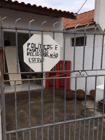 Casa Turfe - Politicos e Religiosos não são bem vindos-2