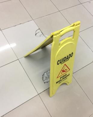 Wal-Mart piso quebrado-2-2