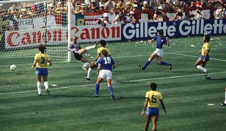 Paolo Rossi - Itália 3x2 Brasil 1982 2-3