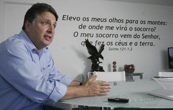 25/01/2012 - Entrevista com o ex-governador do Rio de Janeiro, o Deputado Federal Antony Garotinho. Foto de Fernando Souza / Ag. O Dia POLÍTICA, ENTREVISTAS, GOVERNO, GOVERNADORES