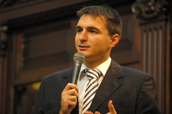 Pedro Fernandes  vai propor que algumas secretarias cortem até 50% dos contratos