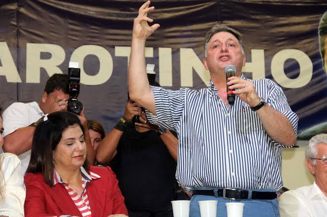 Garotinho-no-encontro-do-PR-05-05-14