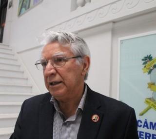 Promotoria alega que presidente do Legislativo não cumpriu as decisões  judiciais com relação ao concurso de 2012
