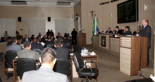 Sessão na Câmara de Campos