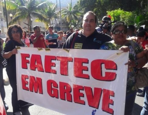 Protesto de alunos e professores no Rio