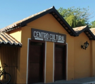 Centro Cultural Narcisa Amália