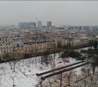 Pelos menos 59 pessoas morreram devido ao frio