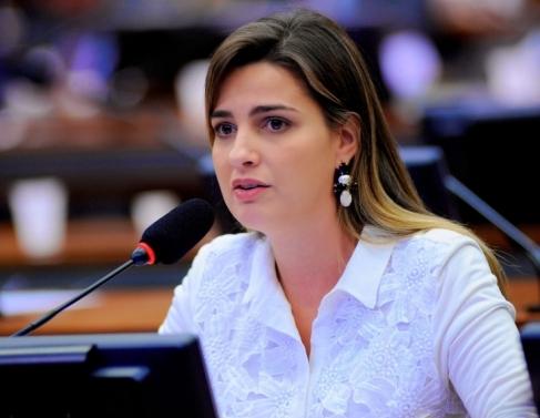 Clarissa Garotinho (Pros)