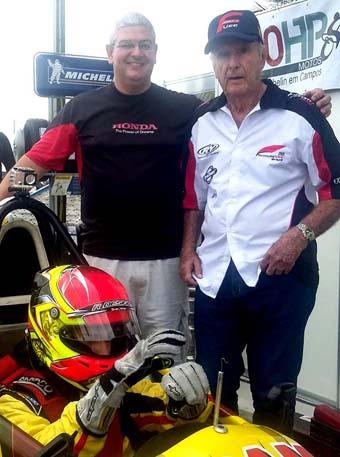 Rodrigo Viana, Wilson Fittipaldi Jr. e o piloto revelação João Pedro fazendo o primeiro teste no autódromo de Campos.