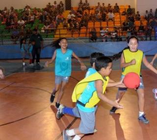 Handebol está entre os esportes que podem ser praticados gratuitamente