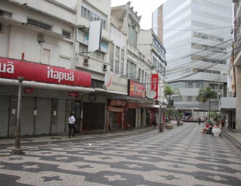 Lojas fechadas no Centro