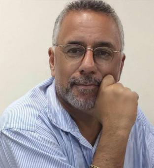 José Eduardo  Advogado e professor universitário