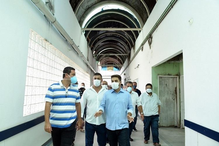 Prefeito e vice de Campos visitaram unidades hospitalares neste sábado