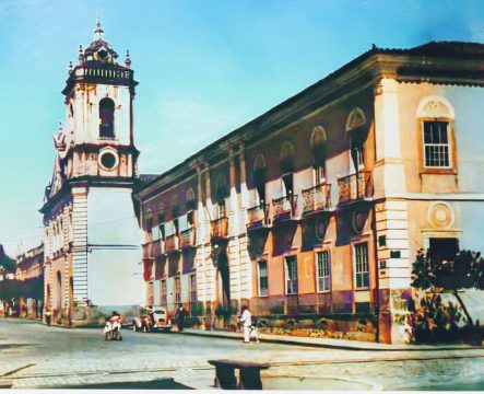 Antiga Igreja Mãe dos Homens e ao lado o Hospital Santa Casa de Misericórdia, em frente a Praça das Quatro Jornadas, início do séc. XX, restaurada e colorida Marcelo Carvalho - Arca Photovideo